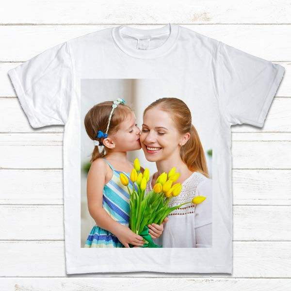 Add a picture and text to a shirt of your own, create your own photo t-shirt for a gift
