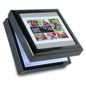 Keep your personal treasures in a personalized gift box of your own