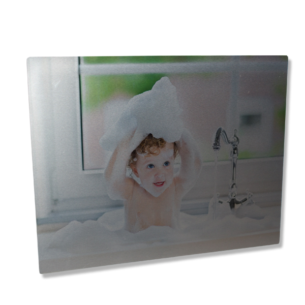 Metal photo prints make the perfect wall decor with their elegant, modern look.