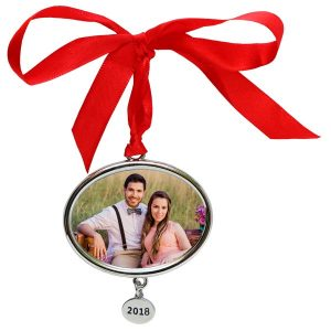 Create a new annual photo ornament each year for the perfect holiday keepsake.